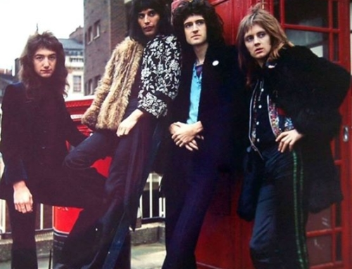 QUEEN, DAL GLAM, ALL'OPERA, AL MITO